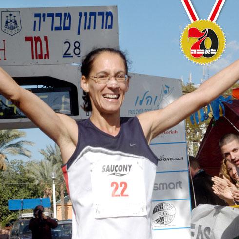 נילי אברמסקי. ניצחה ב־50 אליפויות ישראל באתלטיקה וב־11 מרתונים  (צילום: אביהו שפירא)