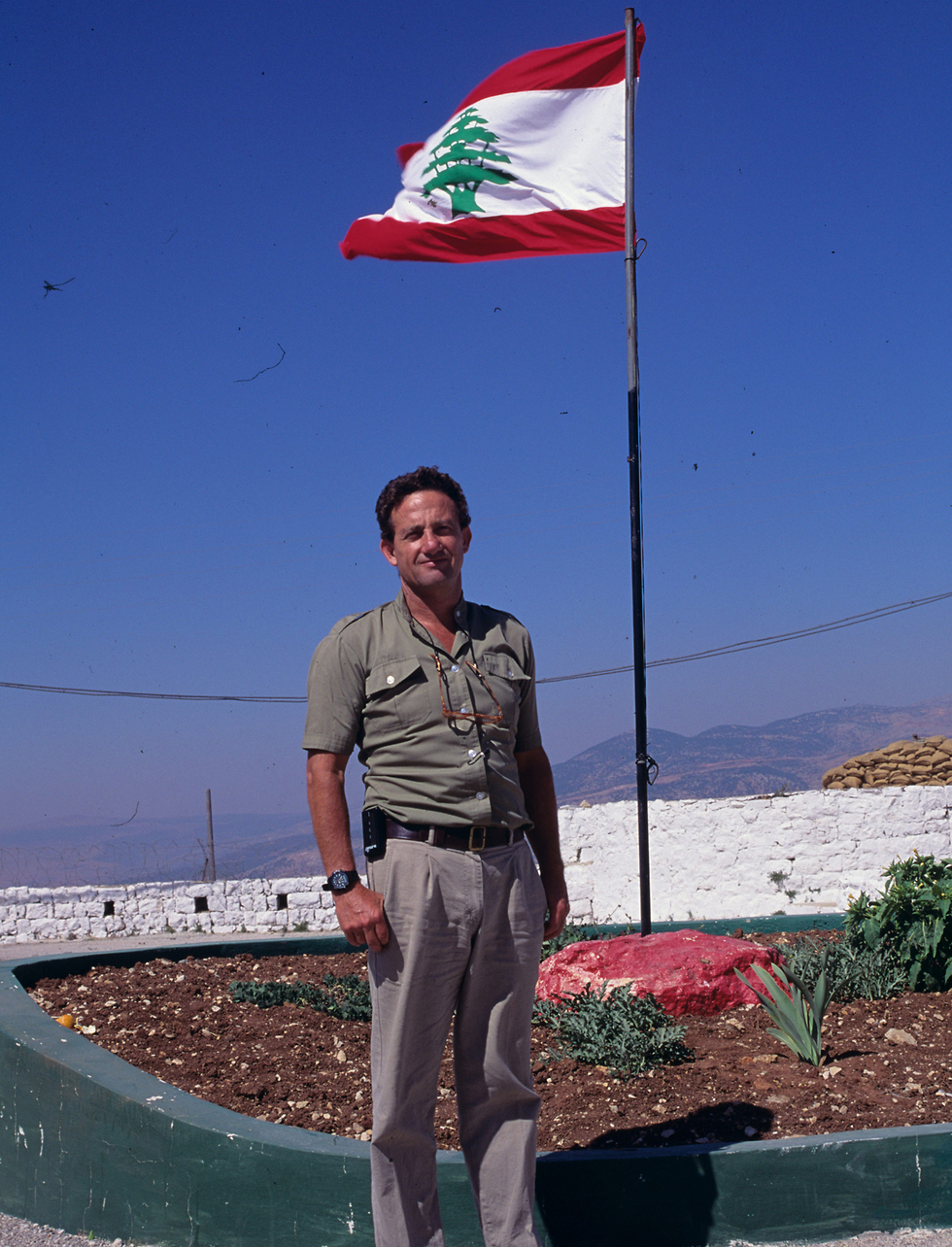 בדרום לבנון, 1990 (צילום: דוד רובינגר) (צילום: דוד רובינגר)