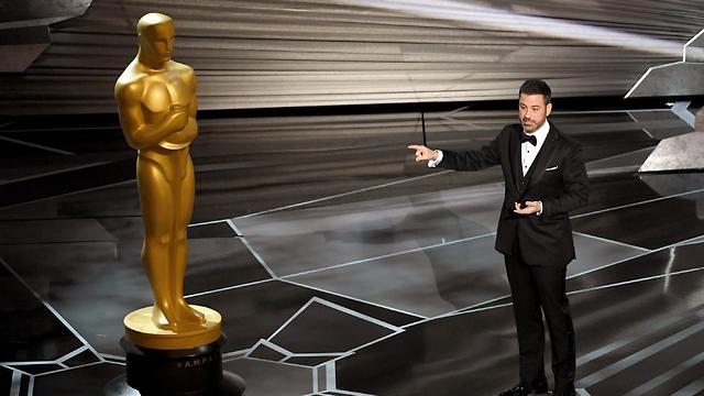 ג'ימי קימל בנאום הפתיחה (צילום: AFP) (צילום: AFP)