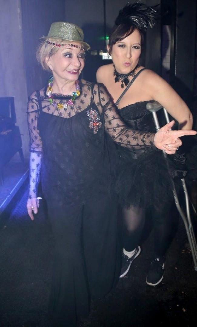 מרימות! טלי אורן ורבקה מיכאלי (צילום: איציק בירן)