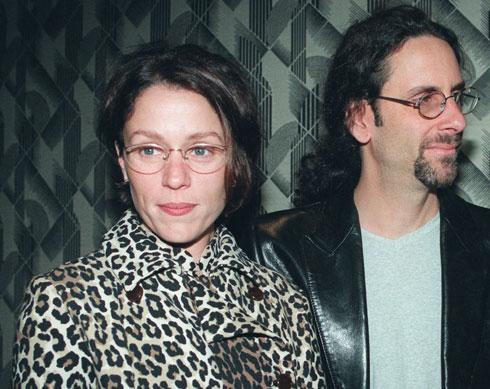 פרנסס מקדורמנד עם בעלה, ג'ואל כהן, 1997 (צילום: AP)