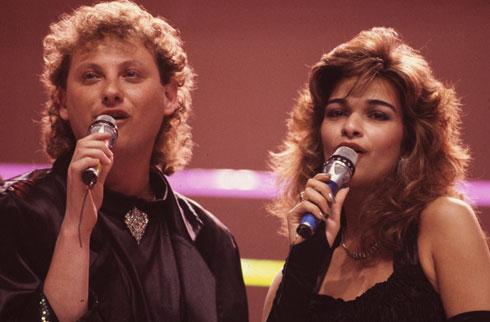 """אורנה ומשה דץ, 1987. """"ניסו לתת לי את כל הסיבות למה לא כדאי לי להיות על הבמה"""" (צילום: שלום בר טל)"""