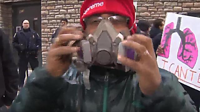 Residents using masks  (Photo: PIX11)