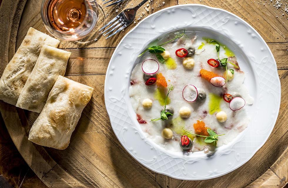 """אוכל מקומי, מסעדת """"לוקס"""" (צילום: אפיק גבאי)"""