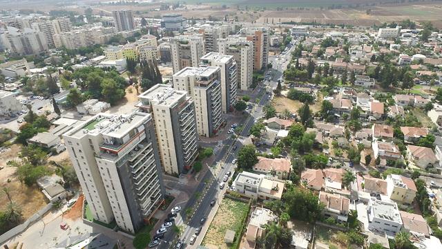 ממעוף הציפור: המהפך שעברה מרכז העיר יהוד (באדיבות אאורה)