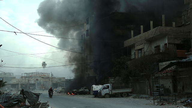 Bombardments in Douma (Photo: AFP)