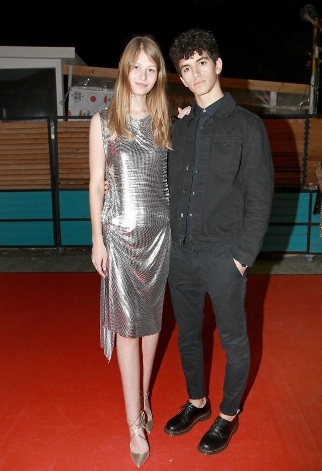 אז איפה יותר כיף בפריז או בתל אביב? סופיה מצטנר והחבר תומר טליאס (צילום: ענת מוסברג)