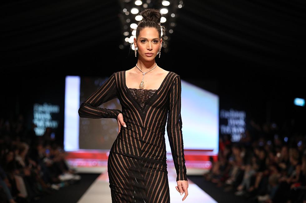 תאלין אבו חנא בשמלה של נטלי (צילום: אורית פניני)