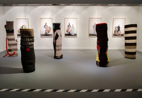 """הסלים במוזיאון. """"רציתי לשחרר את העבודה של קוצ'ינטה מהאילוץ המסחרי"""", אומר יפמן (צילום: רונה יפמן)"""