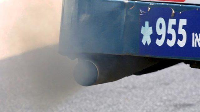 אולי בעוד חודשיים - תכנית גריטה לרכב כבד ומזהם (צילום: צביקה טישלר) (צילום: צביקה טישלר)