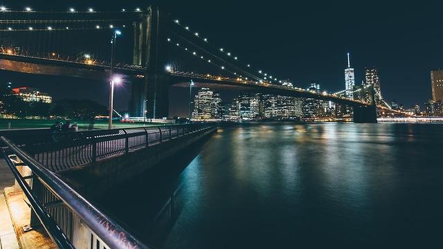 קו הרקיע של מנהטן מכיוון ברוקלין (צילום: נטלי עמרוסי) (צילום: נטלי עמרוסי)