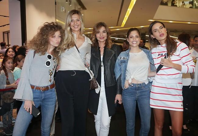 Слева направо: Юлия Плоткин, Юлия Агаси, Орна Дац, Лиран Ревиво, Натали Дадон. Фото: Шука Коэн