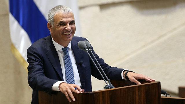 שר האוצר משה כחלון בנאום בכנסת (צילום: אלכס קולומויסקי)