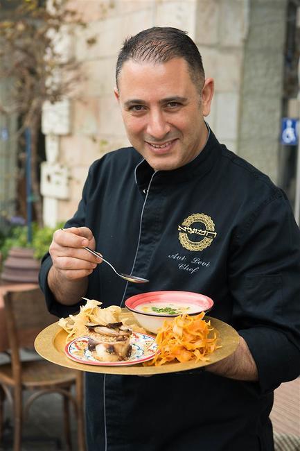 שף אבי לוי (צילום: אלעד מתתיהו)