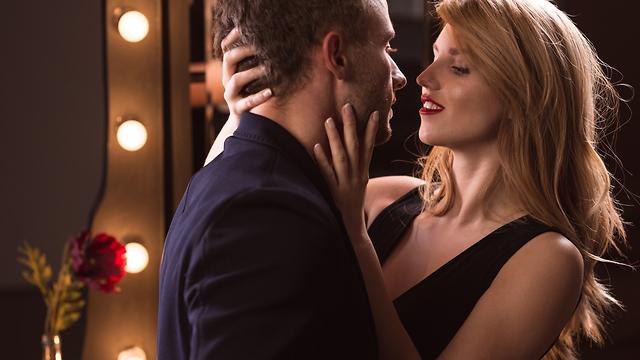 זוג מקיים יחסים (צילום: Shutterstock)