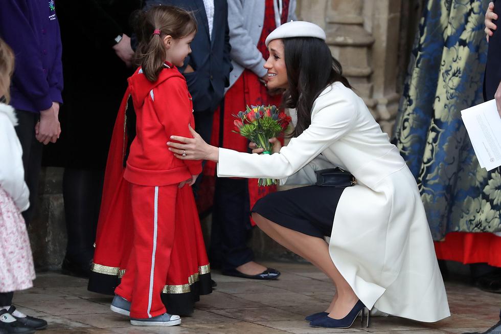 מייגן מרקל, ארוסתו של הנסיך הארי, בכנסיית ווסטמינסטר בלונדון (צילום: AFP)