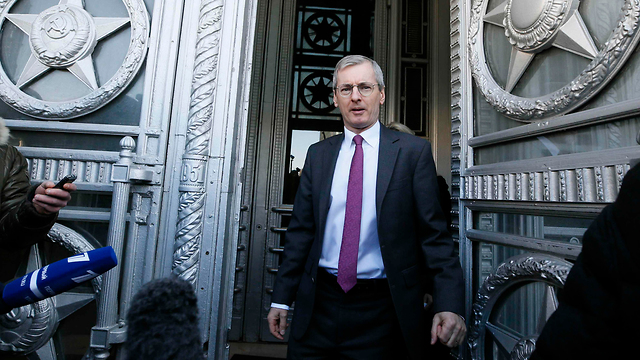 British ambassador in Moscow Laurie Bristow leaving the Russian Foreign Ministry (Photo: Reuters)
