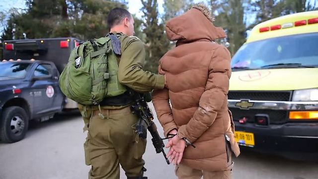 Abed al-Karim Adel Assi arrested (Photo: IDF Spokesman's Office)
