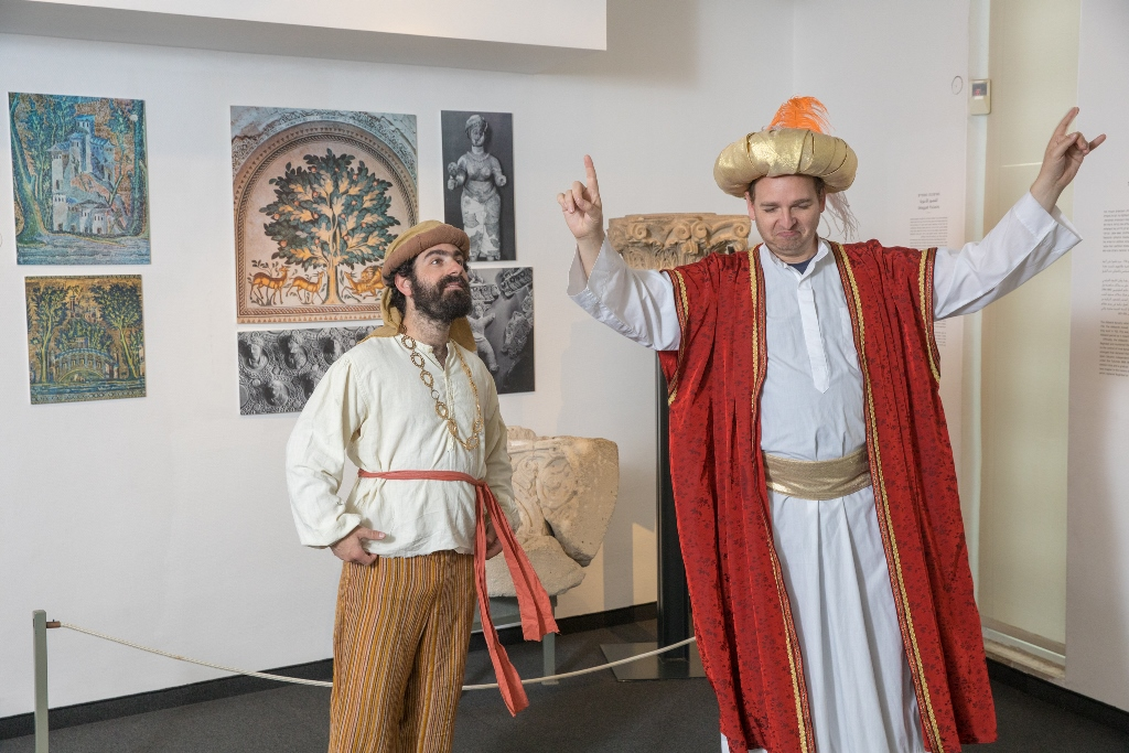ההצגה ג'וחא במוזיאון האיסלאם (נועם פיינר)