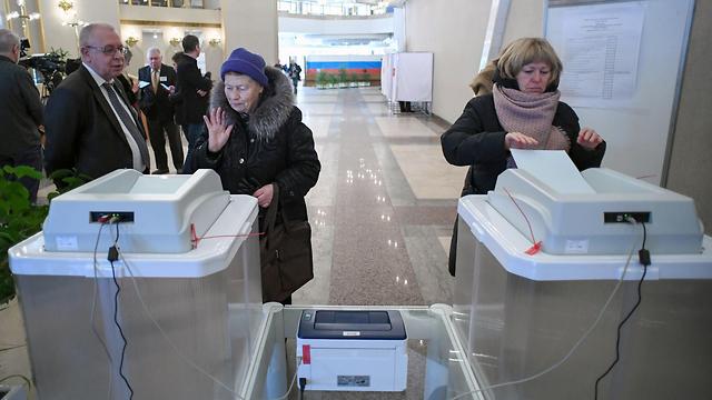 בחירות לנשיאות ברוסיה (צילום: AFP)