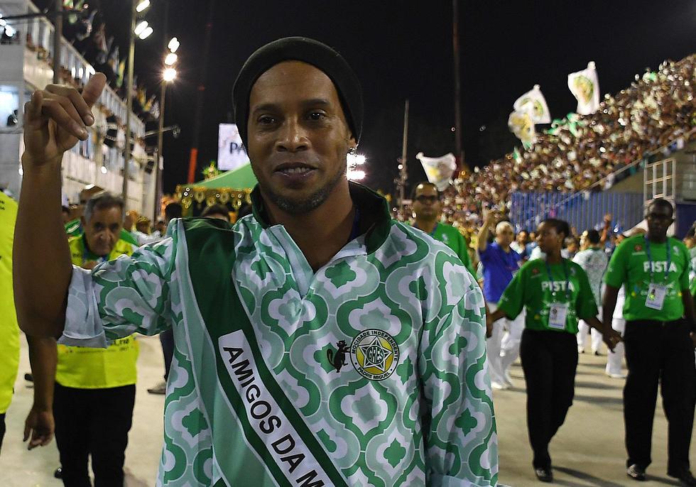 רונאלדיניו (צילום: AFP)