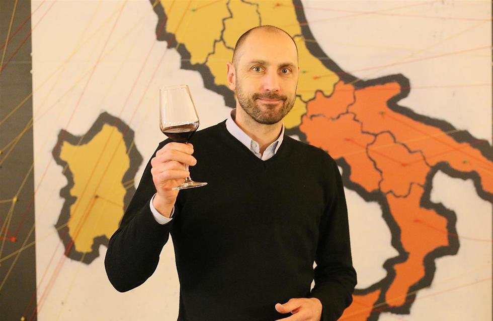 בנק היין באיטליה (צילום: נרי אשכנזי)