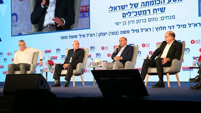 Former IDF chiefs Gantz, Halutz, Mofaz and Ya'alon (Photo: Motti Kimchi)