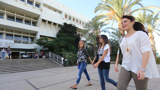 אוניברסיטת תל אביב (צילום: ירון ברנר)