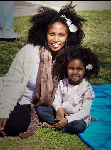 טזתה ובתה (צילום: אלבום פרטי)