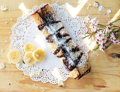 בלינצ'ס מצה עם גבינת מסקפונה ושוקולד (צילום: הודליה כצמן Bake Care)