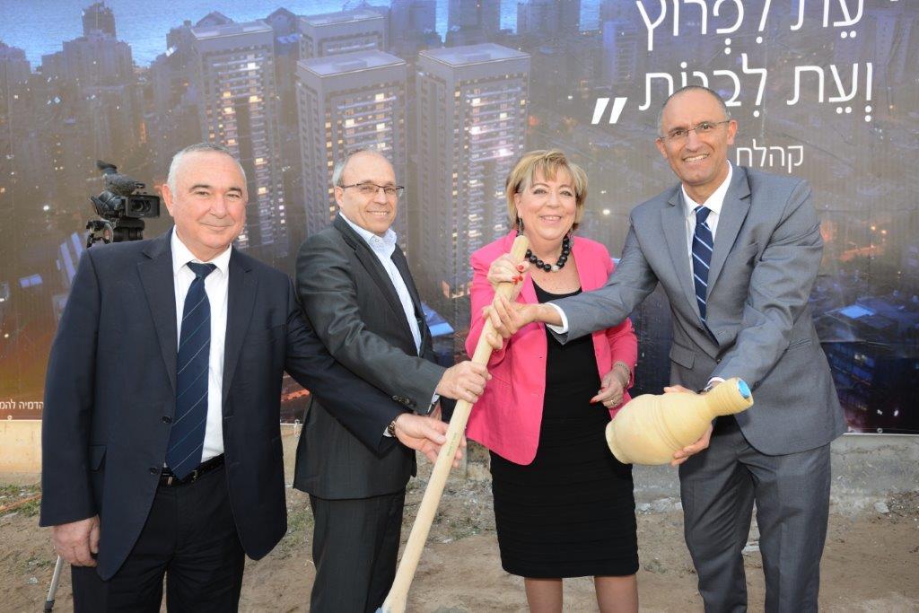 אורן הוד, מרים פיירברג איכר, אברהם נובוגרוצקי ו-אלי דלל (צילום: רמי חכם)