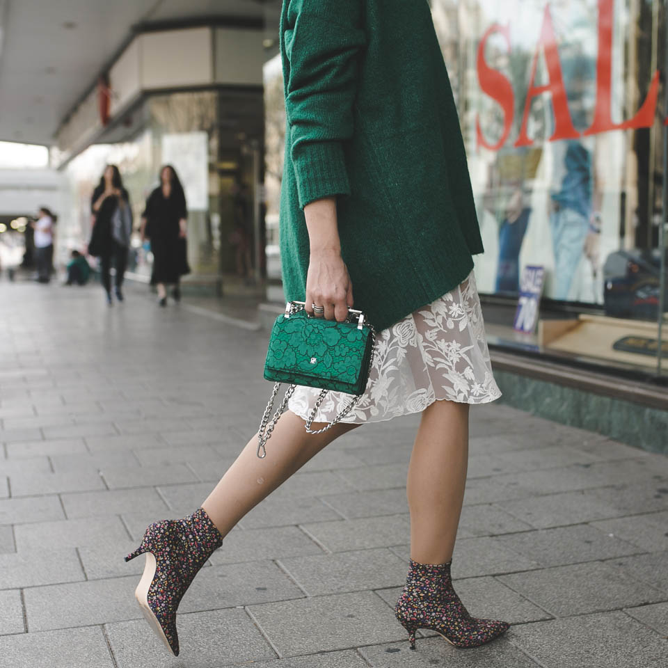 Миниатюрная сумочка от Carolina Herrera