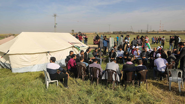 Activists assemble near border aheaed of the march (Photo: AFP)