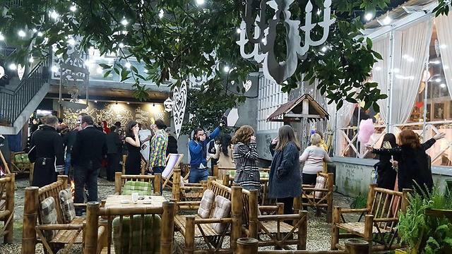 קפה דליריה בטומי (צילום מתוך עמוד הפייסבוק של קפה דליריה)