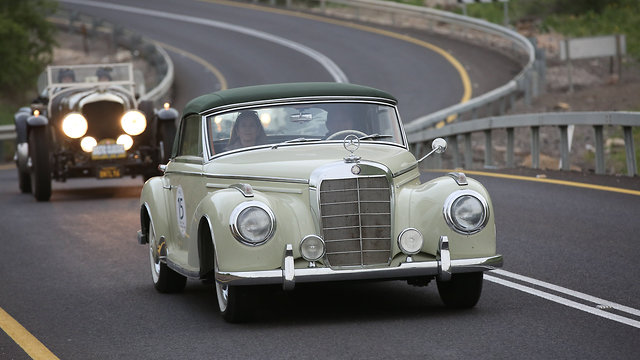 מכוניות קלאסיות הולילנד 1000 (צילום: רונן טופלברג)