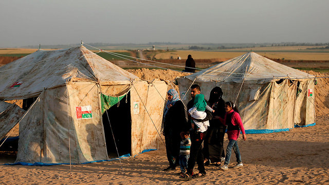 Tents the Palestinians erected on the Gaza border to house protesters (Photo: AFP)