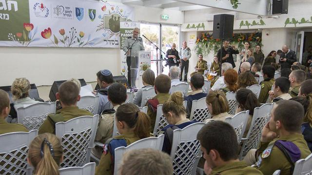 The lone soldiers at the special event (Photo: Ido Erez)