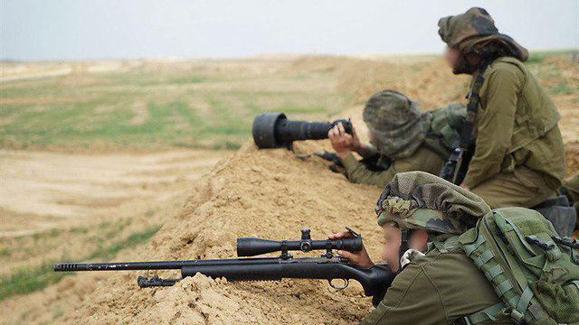 IDF snipers during Friday's Gaza clashes (Photo: IDF Spokesperson's Unit)