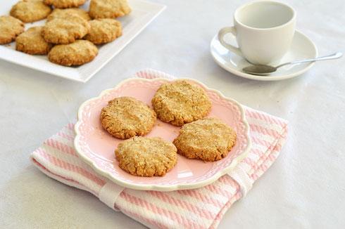 עוגיות טחינה לפסח (צילום: אפרת סיאצ'י)