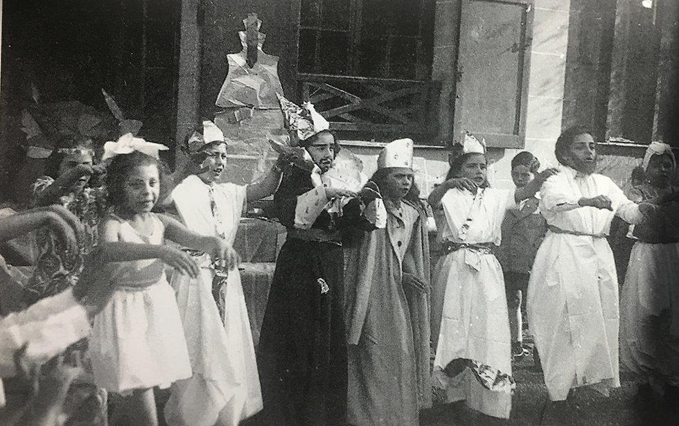 נשף פורים בבית הילדים של לנה קיכלר (מתוך ספר