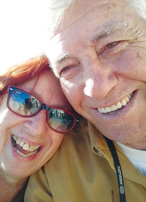 """שאולוב ובכר. """"בשנייה שנפגשנו -50 שנה הפכו לרגע"""" (צילום: אלבום פרטי)"""