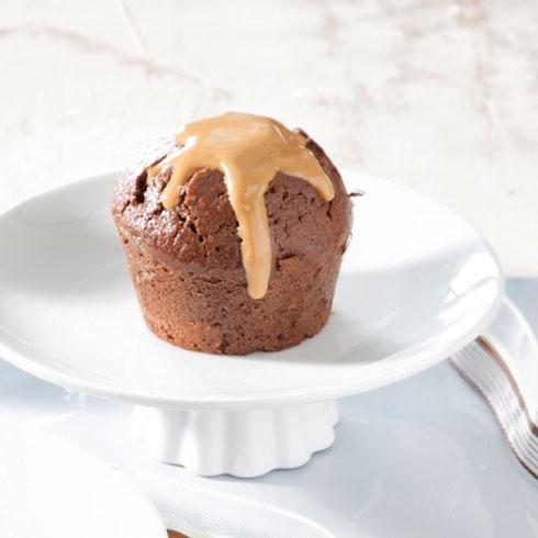 הכי חמה. עוגת שוקולד עם קרם חמאת בוטנים (צילום: דני לרנר, סגנון: פסי ברניצקי)