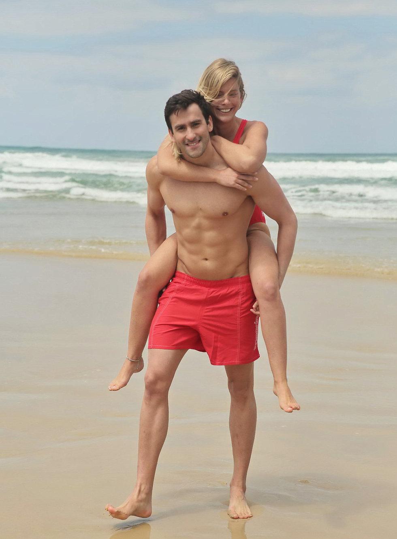 יונתן קופלב ומונדה קנצפולסקי מאורסים (צילום: שוקה כהן, אביב אברמוב באדיבות ספידו )