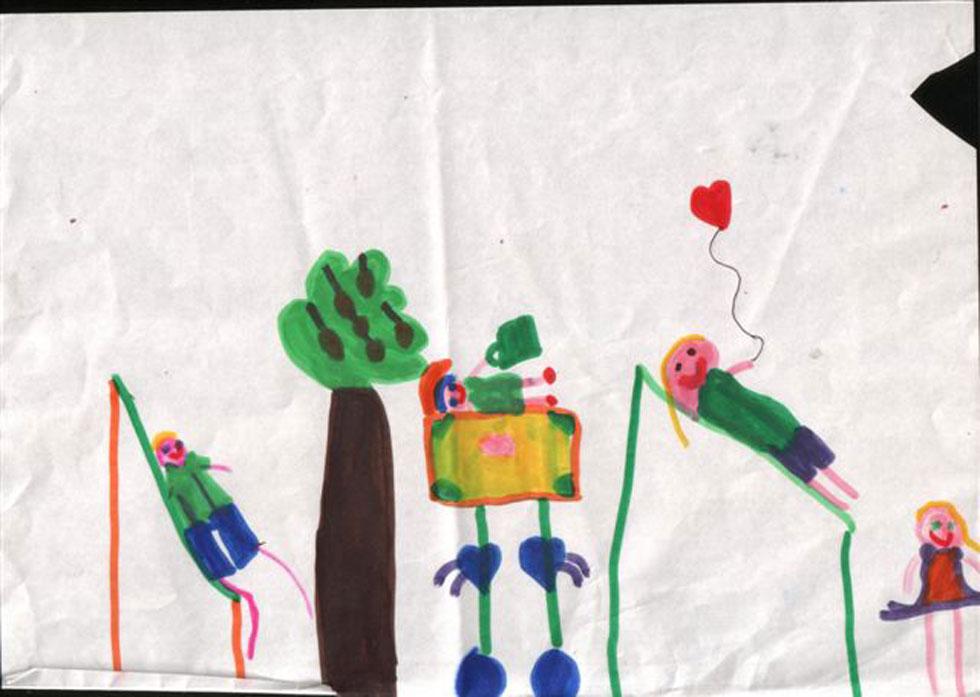 ציור של ילדה, המביעה השתלבות חברתית - לאחר הפתרון לחרדה