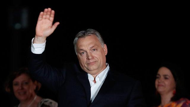 ראש ממשלת הונגריה ויקטור אורבן ניצחון בחירות כלליות בודפשט (צילום: gettyimages)