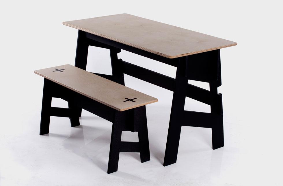 סטודיו גילרוי. גיל רואה ורואי סלע: רהיטים בלי ברגים  (צילום: אילן בשור)