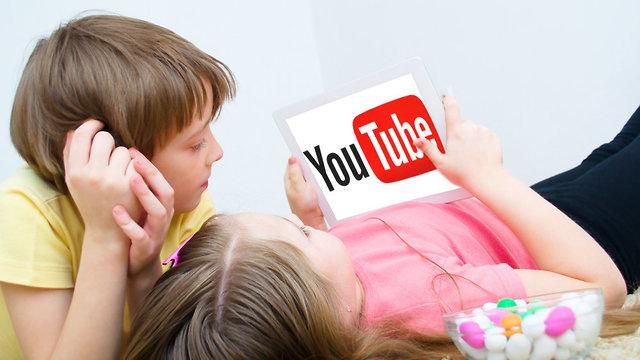 ילדים צופים ביוטיוב (אילוסטרציה: Shutterstock)