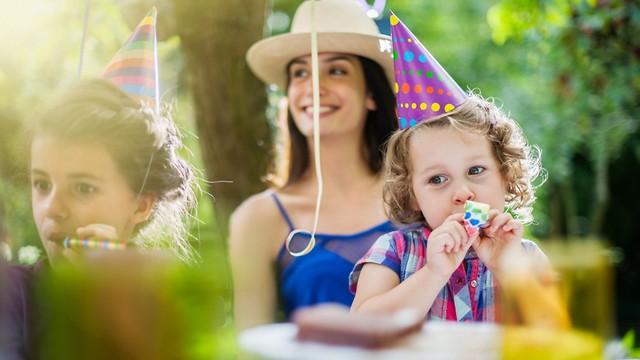 יום הולדת בפארק (צילום: shutterstock)