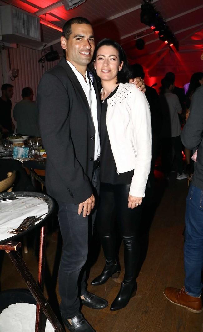 יש גם נציגות מעולם הספורט. אנדי רם ואשתו (צילום: אמיר מאירי)
