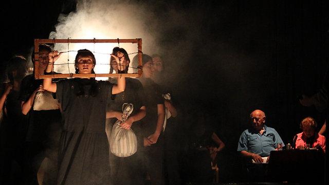 מתוך תיאטרון עדות (צילום: זהר כורח)
